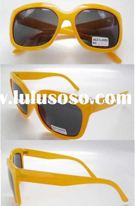 custom made designer plastic sun glasses for promotion