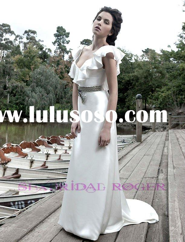 2011 Fall White glamourous vintage inspired slimline wedding dress with low back DC-LC004