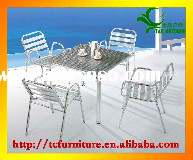 2011 Starbucks aluminium patio outdoor coffee metal table and chairs set
