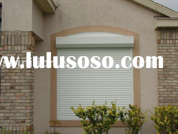 Automatic hurricane storm shutter
