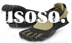 2012 new design four finger shoes for men and women