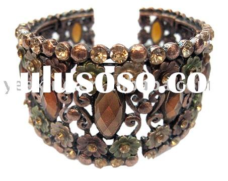 Antique classic old flower alloy bracelet/bangle with crystal acrylic rhinestone