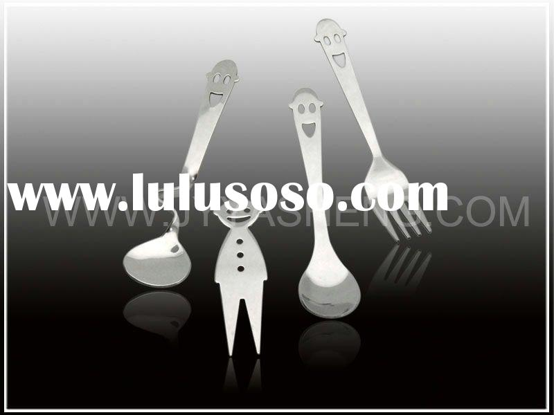 Stainless steel cutlery set with smiley face design