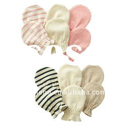 lovely cotton baby mittens,gloves,baby wear
