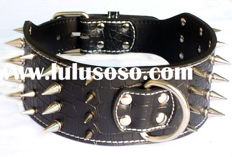 Leather spiked collars for dog
