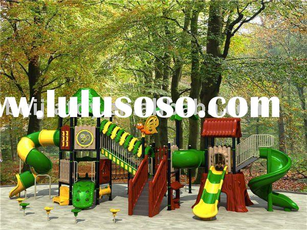 School playground equipment with twin slide tunnel
