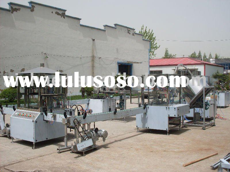 Automatic spray paint filling machine