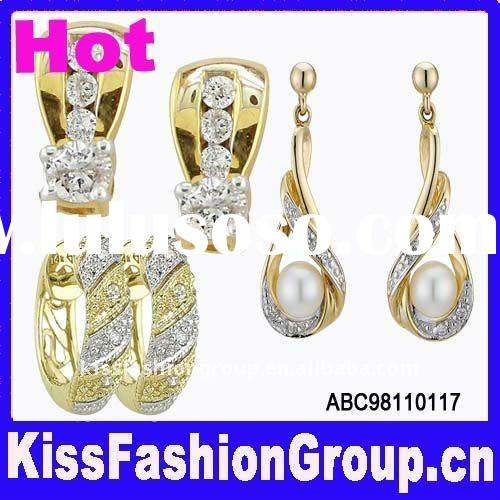 hot yellow gold diamond earrings
