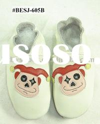funny clown pattern soft sole leather baby walking shoes