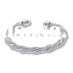 silver Urban sophisiticate designer bangle for men's jewelry Bracelet B034