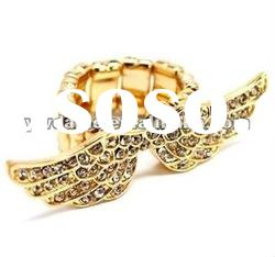 2012 new design gold plated angel wing shape ring, crystal set in surface, fashion flexible ring