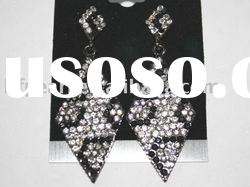 wholesale fashion black and white diamond shape earrings