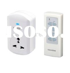 Wireless Remote control socket with universal plug TW68C 1V1