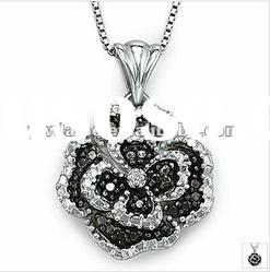 beautiful flower design silver plated alloy pendant necklace with stone 121022