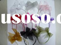 Ribbon bow with elastic loop as gifts decoration