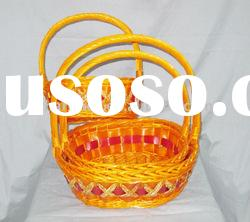 Wicker food storage basket with handle