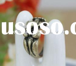 2012 new fashion alloy o finger rings jewellery