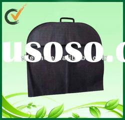 Nonwoven dress bag with plastic handle