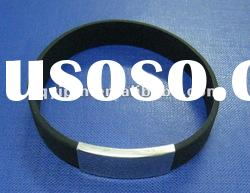 black silicon rubber bracelet with metal clip