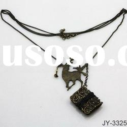 Fashion Alloy Necklace with Deer Pendant