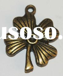 Fashion four leaf clover pendant for fashion accessories