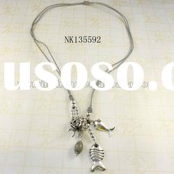 latest design fashion jewelry silver plated fish pendant necklace