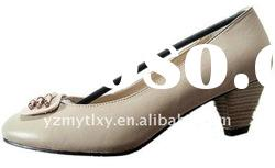 new design 2012 spring lady patent leather shoes