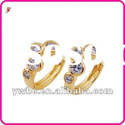 new fashion gold plated clear crystal earrings (E630632)