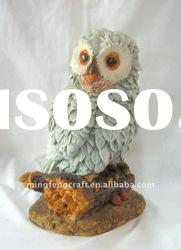 Polyresin Owl Figurine Stand On the Wood Craft
