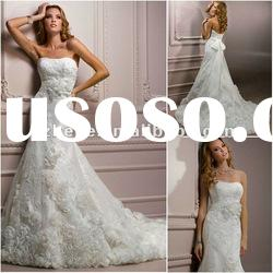 Discount lace a-line wedding gowns with handmade flower