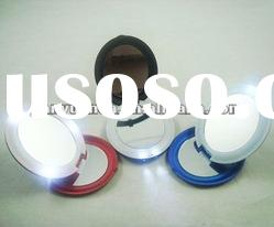 LED light up compact cosmetic mirror with adjustable design