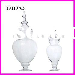 Decorative pedestal glass storage jar with lid