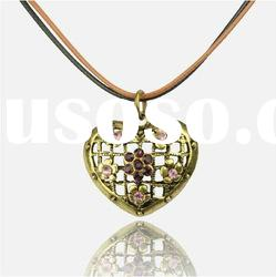 Vintage Retro Copper Rhinestone Love Heart Hollow Flower Necklace Pendant