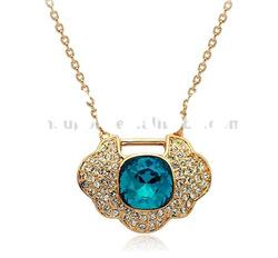 hot sell wholesale fashion jewelry austria crystal pendant necklace
