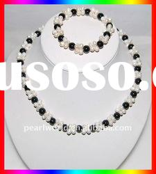 very fashion and lovely freshwater pearl jewelry set
