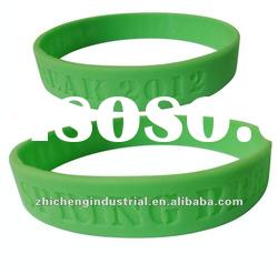 2012 silicone bracelets with debossed