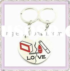 Fashion metal lover keyring/zinc alloy keychain with sport style