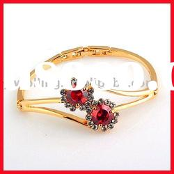 Gold bangles with ruby inlay /gold bangles designs