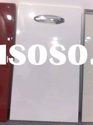 Kitchen cabinet doors of high gloss lacquer