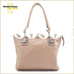 Ladies delicate fashion cow leather handbag