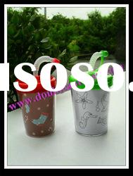 2012 new design cheap antique hard colored plastic party water drinking kids cup with straw and lid