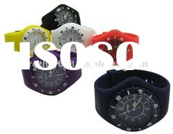 HOT sale 2012 fashion and colorful silicone watch with high quality