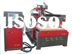 auto-tool changing CNC machine
