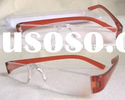 Brand Name Reading Glasses With Acrylic Lens