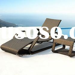Beach rattan chaise Lounge - Outdoor Leisure