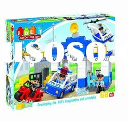 Intelligence block / bricks toy / Tow police toy with IC
