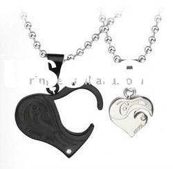 Titanium black and white heart-shaped lovers pendant steel necklace