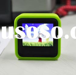 2.4'' waterproof digital photo frame with rubber case