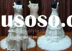 One-shoulder Hand-made Flower New Style Wedding Gown