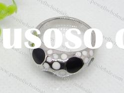 2011 fashion stainless steel rings in black and white color